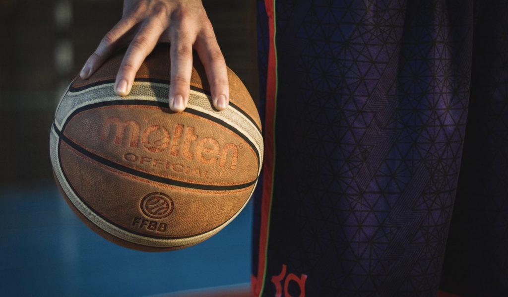 Gdzie oglądać NBA za darmo? U bukmachera PZBUK!